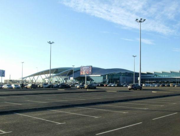 160 мест добавили на бесплатной парковке в аэропорту «Платов» в Ростове
