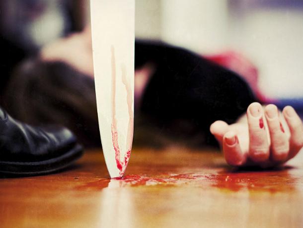 Изрешетил ножом в живот и спину своего приятеля по бутылке житель Ростовской области