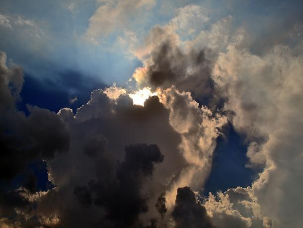 Тепло, но облачно: прогноз погоды в Ростове на четверг, 10 июля