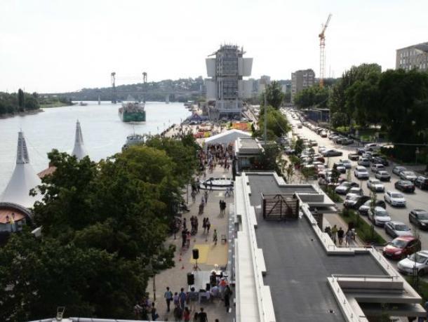 Водителей Ростова предупредили о новом ограничении движения в центре город