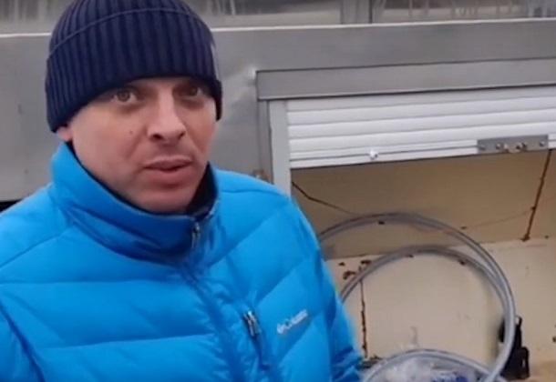 На трагедии поселка Аютинский цинично наживаются барыги – продают воду по 3 рубля за литр