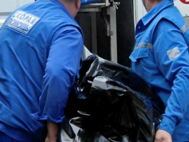 Погибший от тромбоза мужчина около часа пролежал в торговой галерее «Ашана» в Ростове