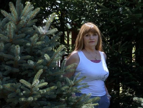Мать сотрудника следкома, захватившего в заложники жену, еще недавно была министром ЖКХ Калмыкии