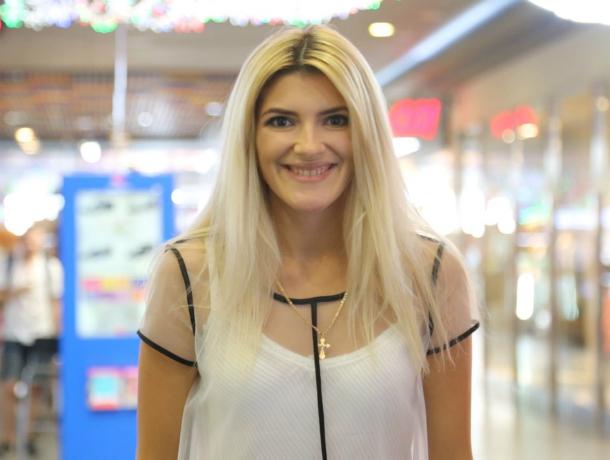 Устроить викторину для ведущего конкурса «Мисс Блокнот Ростов-2017»  решила Надежда Полянская