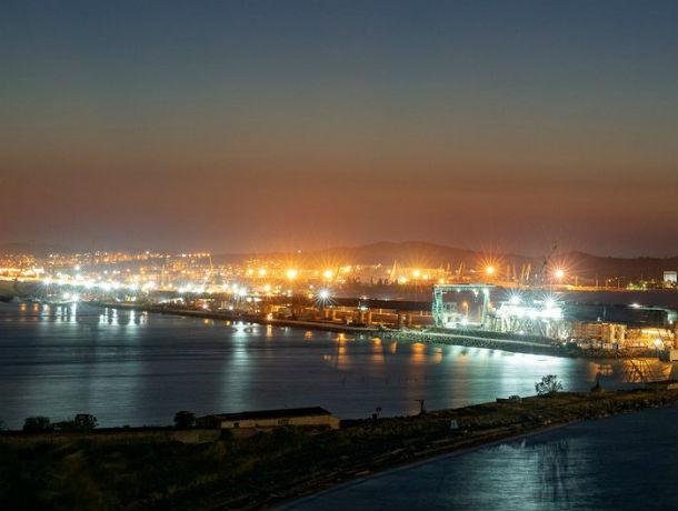 Новенький Крымский мост примет первые пассажирские поезда из Ростова