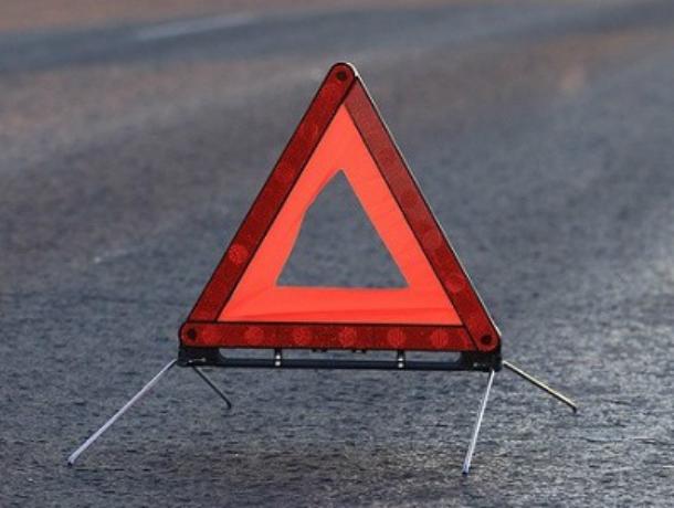 ВРостовской области Опель врезался вКамАЗ. Шестеро пострадавших