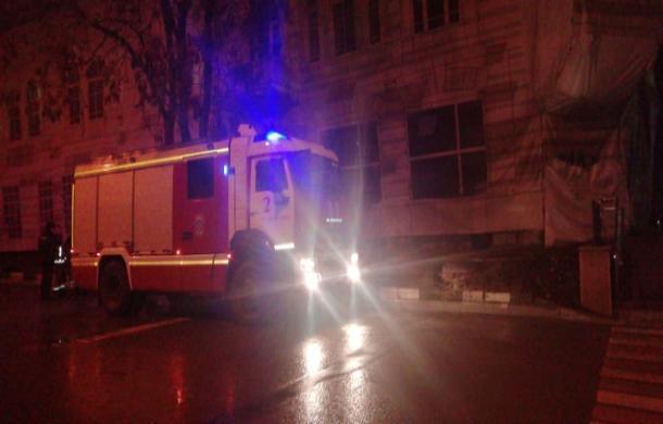 В центре Ростова загорелся Дом Кушнарева
