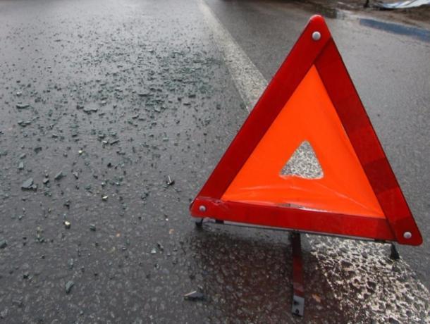 Натрассе вРостовской области случилось смертельное ДТП, погибла женщина-водитель