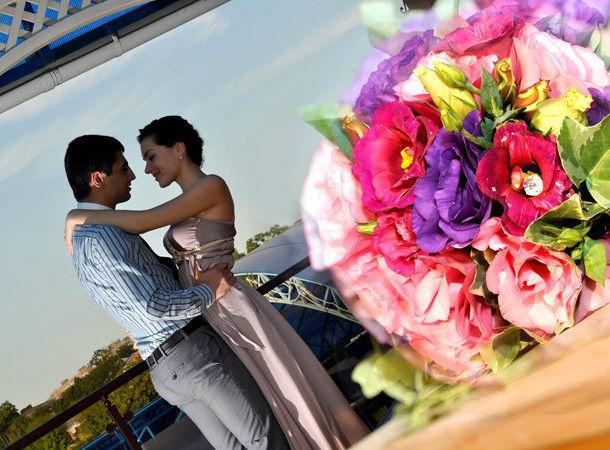 Как сделать предложение любимой и… выиграть отдых в солнечной Абхазии