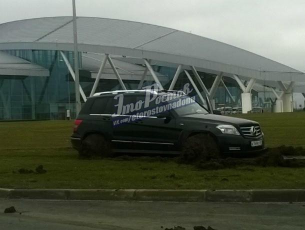 Ростовчанин на дорогой иномарке решил сэкономить на парковке и попал на 50 тысяч рублей