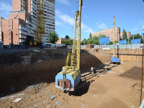 «В том, что Ростов меняется, заслуги чиновников нет»: представители строительного бизнеса поспорили с властями