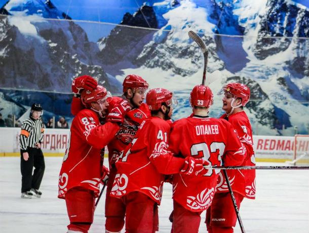 ХК «Ростов» разгромил «Красноярских рысей» в первом матче плей-офф первенства ВХЛ