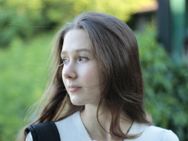 Студентка Аэлита Титова участвует в конкурсе «Мисс Блокнот Ростов-2019»