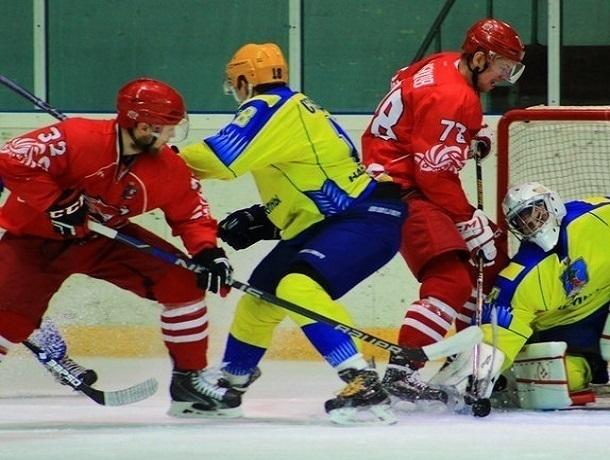 Хоккеисты из Ростова устроили жесткую трепку «Челнам»