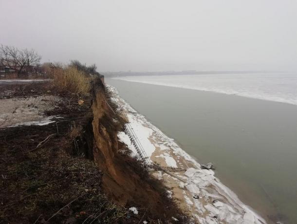 Прибрежные села Ростовской области продолжат уходить под воду