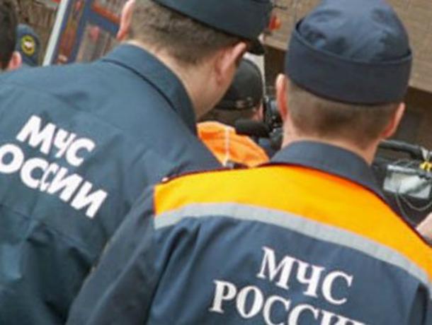 Крупную взятку вымогали у предпринимателя два сотрудника МЧС в Ростове