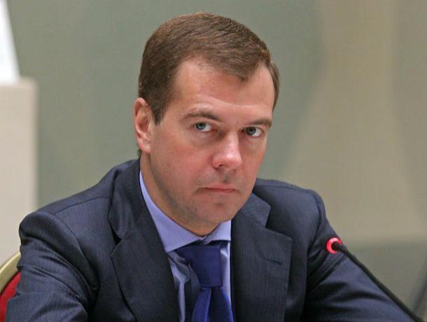 Дочь Олега Попова прилетела вРостов напрощание сотцом