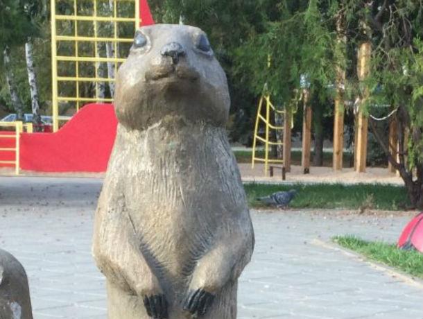 Памятник суслику-спасителю установили в Ростовской области
