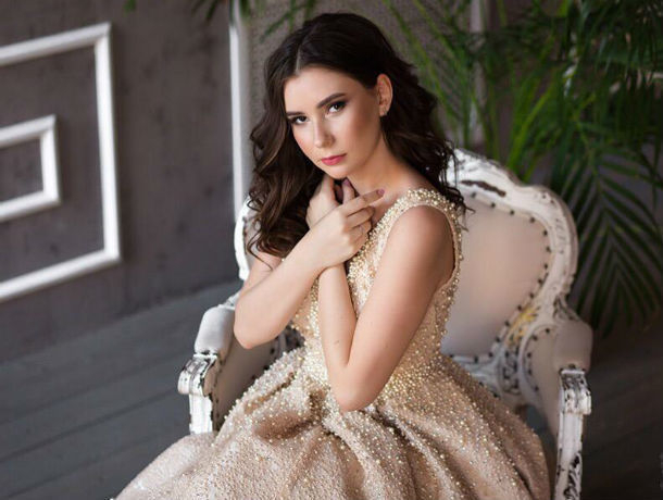 «Истинная красота – не в красивом личике»: считает участница конкурса «Мисс Блокнот Ростов-2019» Юлия Гладких