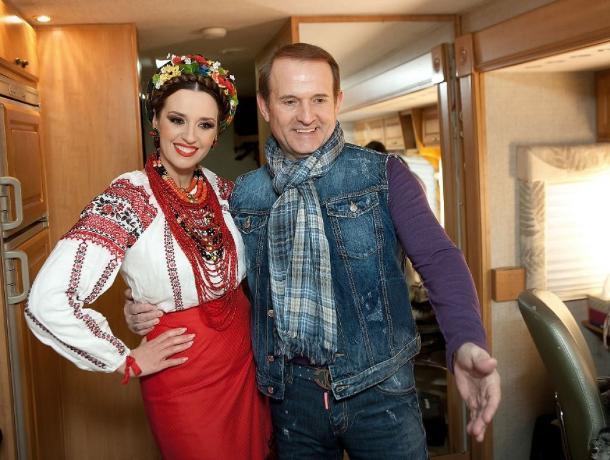 Миллиарды из Украины: рассказываем, кто дал Голубеву деньги на инвестиции в Новошахтинский завод нефтепродуктов
