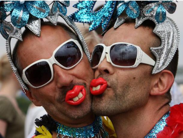 «Победным» шествием геи решили заявить, что занимаются любовью не как все