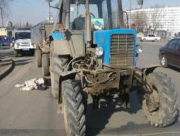 ВРостовской области трактор, проезжая постанице, насмерть сбил пешехода