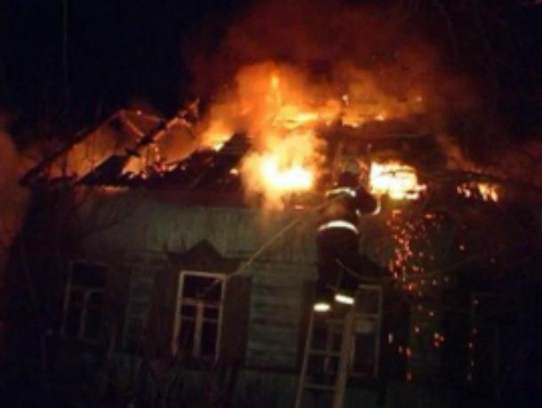 Один мужчина погиб и еще один пострадал при пожаре в частном доме в Ростовской области