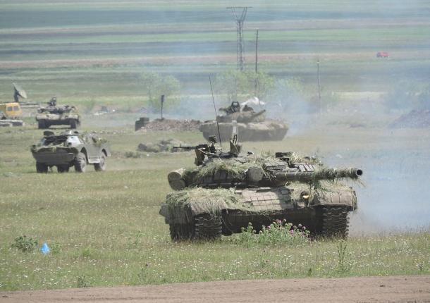 Под Ростовом во встречном сражении сошлись две сотни боевых машин