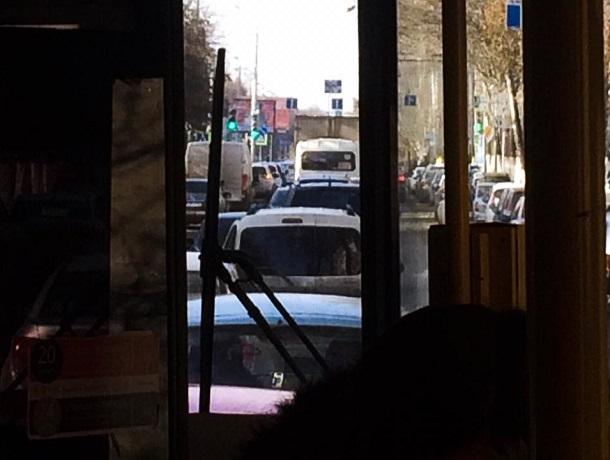 «На работу прихожу уже уставшая и злая»: ростовчане пожаловались на работу общественного транспорта в Северном