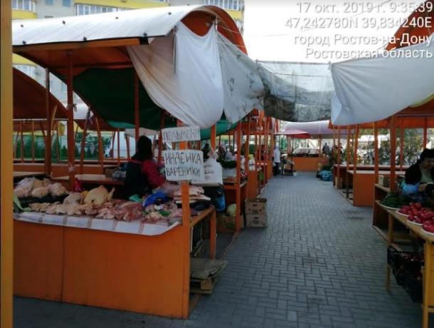 Ростовские рынки вывозят мусор при помощи «серых перевозчиков»