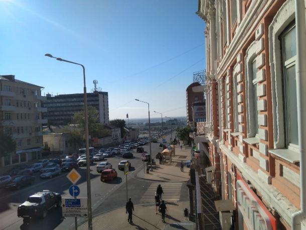 Ворошиловский проспект в Ростове встал в безнадежной пробке