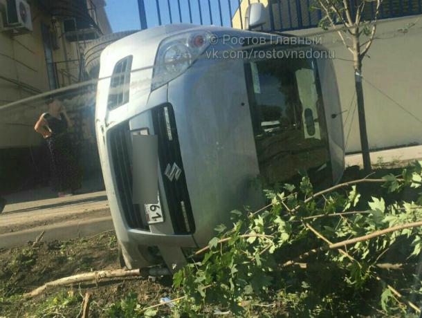 Уставший от «мирской суеты» Suzuki прилег отдохнуть на бочек в Рабочем городке Ростова