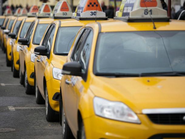 Аэропорт «Платов» планирует обзавестись официальным перевозчиком