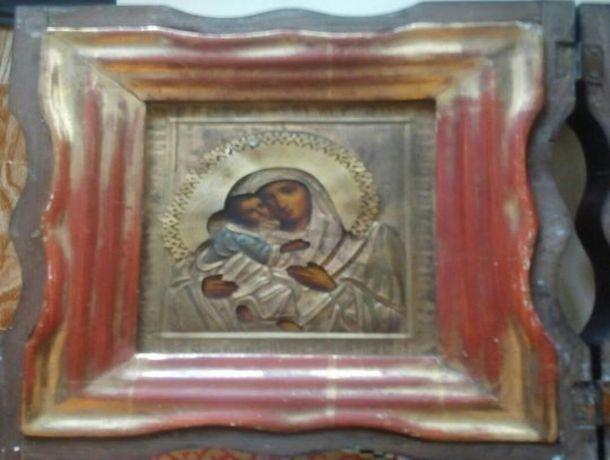 Фамильную икону Богоматери за миллион рублей продает ростовчанин