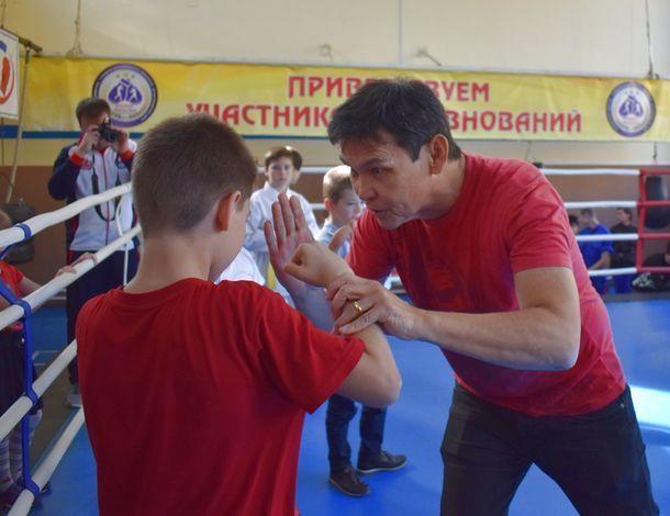 Американский актер Дон Уилсон провел мастер-классы для юных киношников и каратистов в Ростове