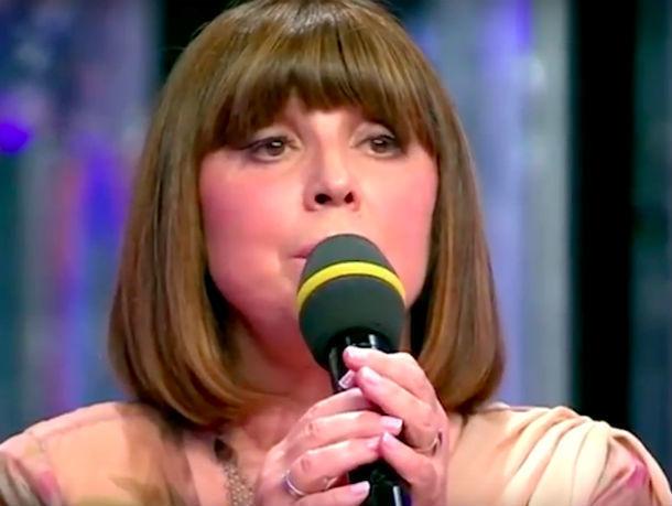 Наталья Варлей растрогала зрителей Первого канала трагической песней о Вите из Ростова
