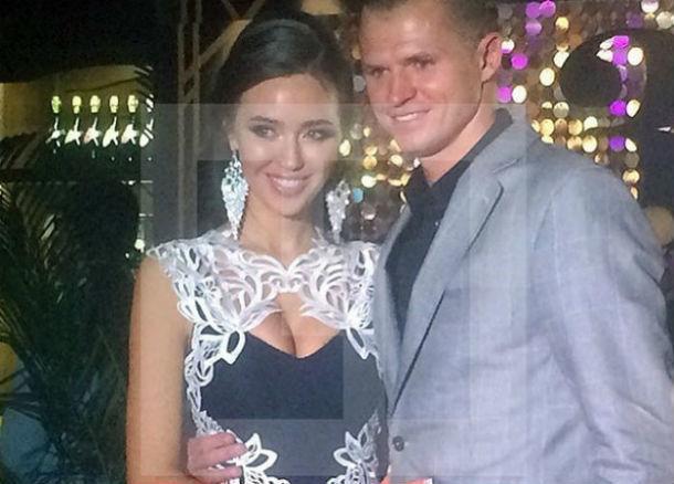 Ведущая «Дома-2» после видео страстных танцев оскорбила ростовскую любовницу Дмитрия Тарасова