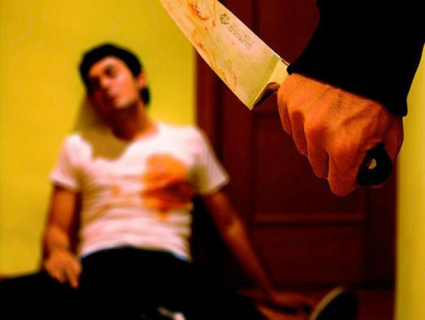 Удар ножом в грудь от приятеля за засунутый между ягодиц презерватив получил житель Ростовской области