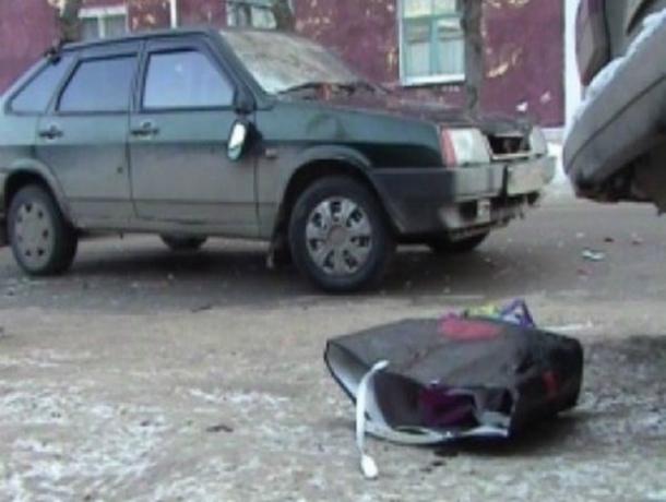 Серьезные травмы получила женщина под колесами ВАЗа в Ростовской области