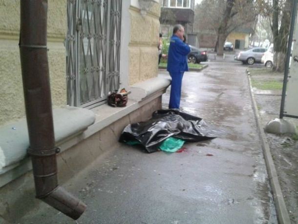 Женщина погибла впроцессе грозы вРостове