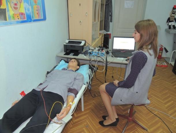 Ростовские чиновники потратили 240 млн рублей на сомнительный медицинский «чудо-аппарат» для школ