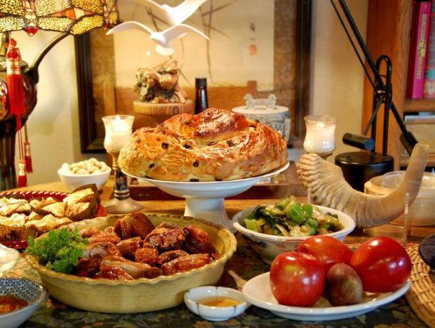 Узнали, как приготовить самое популярное еврейское новогоднее блюдо