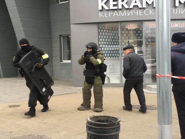 На взявшего жену в заложники ростовского следователя завели уголовное дело