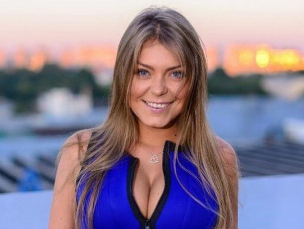 Без денег, поклонников и без концерта осталась популярная в 90-х певица Акула из Ростова