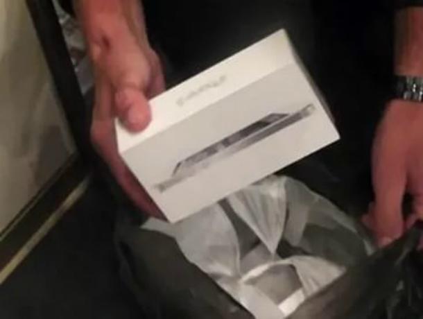Краснодарец реализовал ростовчанину пустую упаковку от«айфона» за17 тыс. руб.