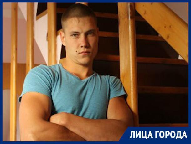 «Травма — это круто!»: каскадер из Ростова о том, почему лечь на диван опаснее, чем прыгнуть через горящий автомобиль