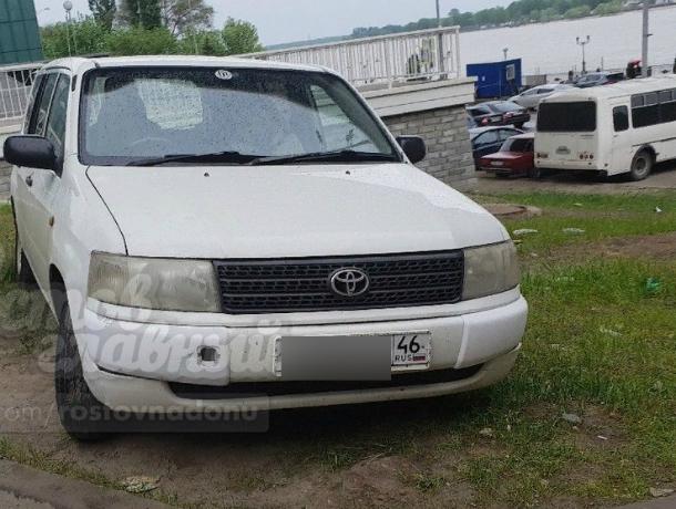 Ассимилировавшаяся с ростовскими автохамами женщина-водитель из Курска возмутила местных жителей