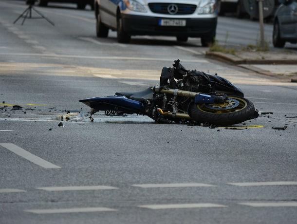 Трое человек погибли в страшном ДТП с участием иномарки и мотоцикла