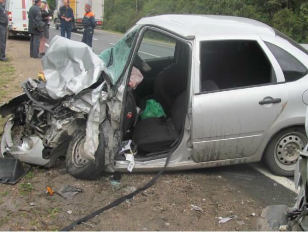 ВРостовской области шофёр «Лады» умер встрашном ДТП