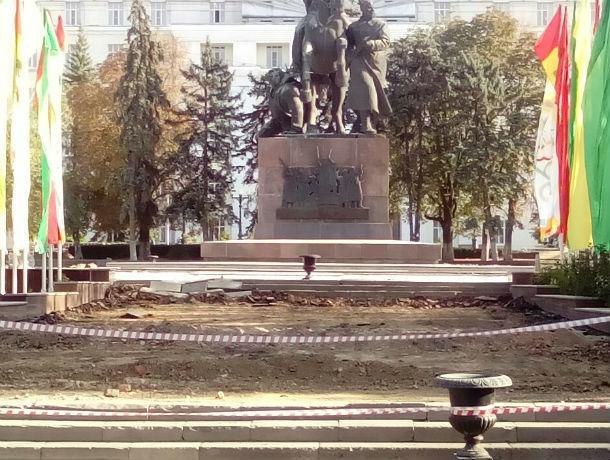 Ростовчане вспомнили недобрым словом отгородившееся от людей правительство
